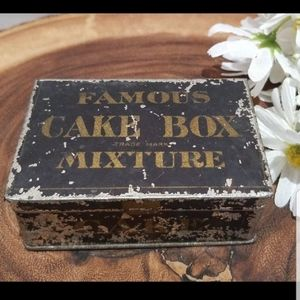 Antique Litho Tin Tobacco Cake Box